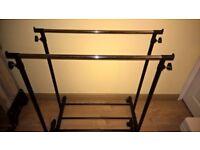 Adjustable clothes rail (pair)