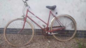 Ladies Hercules vintage bicycle, 1930s 1960s cycle bike exact age unknown