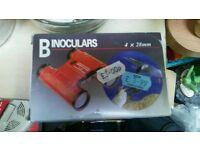 Binoculars.boxed
