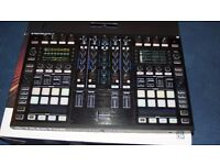 Native Instruments Traktor S8 (used but not a mark or defect)