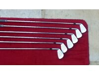 TAYLORMADE P790 IRONS 5-PW DG 105 S MINT