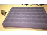 Double air bed with foot pump