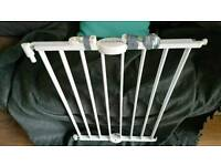Lindam extending safety gate