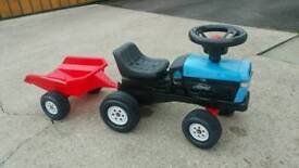 Ford child's tractor and trailer in good condition