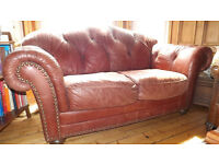 CHESTERFIELD STYLE LEATHER SOFA DISTRESSED LOOK COUCH 2 SEATER CAN ARRANGE DELIVER