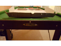 Pot Black 4FT 6 Folding Snooker / Pool Table in V Good Condition, complete, nothing missing
