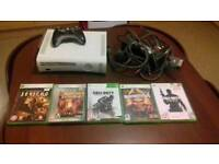 X-box 360 white with games
