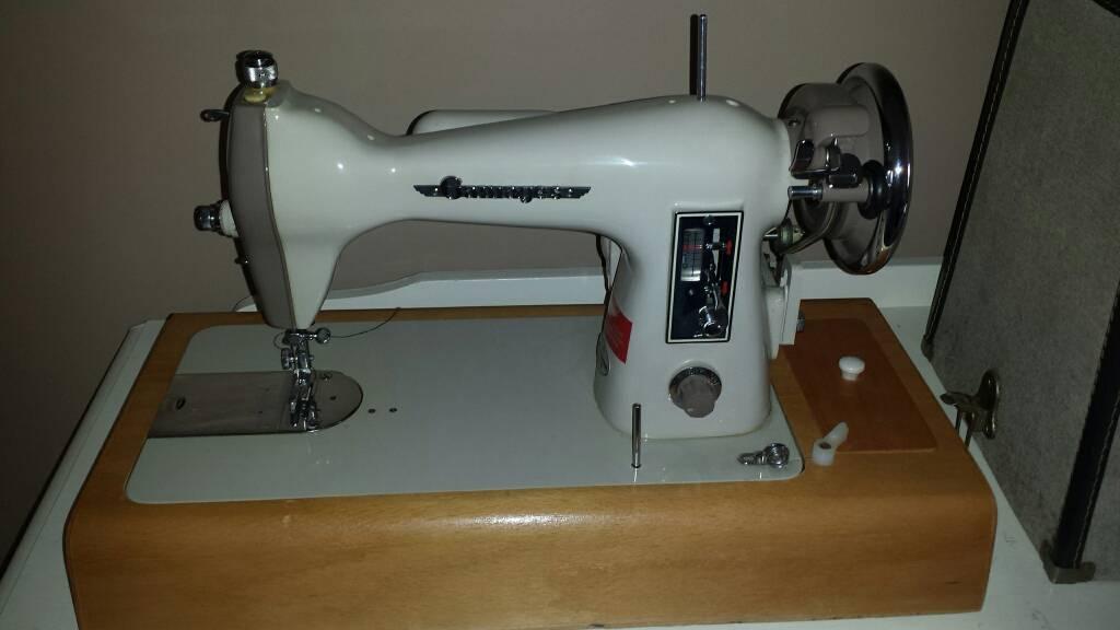 Sewing Machine In Harpenden Hertfordshire Gumtree Stunning Gamages Sewing Machine