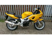 VERY NICE 1999 SUZUKI SV650S HPI CLEAR LOW MILES AND EXTRAS