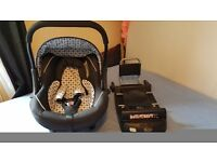 Silver cross car seat with iso fix base
