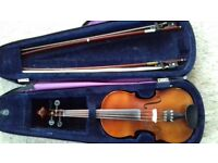 Violin 3/4 size used suit 11-13 year old. B&H 400 series