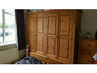 Solid double wardrobe with 2 drawers