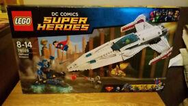 LEGO 76028 SUPERHEROES DARKSEID INVASION