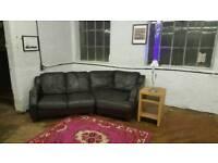 Black Leather Corner Curved Sofa Settee Bargian!
