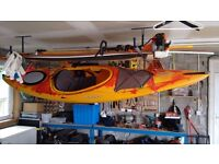 AXIS E 10.5 Kayak (DAGGER) light use, possibly deliver, paddle and splash apron also available