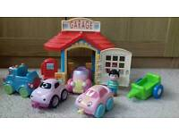 Happyland garage set