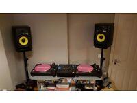 2x Technics 1210, Pioneer DJM 800 and 2x KRK Rokit 8