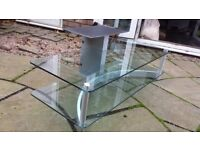 Clear Tempered Glass TV Stand 120cm(W)x 44cm(H) x 58cm(D) used but good condition cable tidy at back
