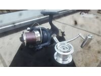 B square surf fishing reel
