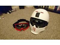 Ruroc helmet in white. Damaged (crown) but still in good nick
