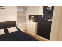 Stylish Double Room in house share