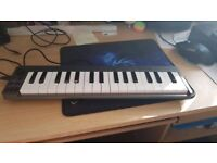 M-audio 32 Mini keyboard!