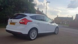 Ford Focus 1.6 Ti-VCT 2012 Zetec, Petrol, 5dr, WHITE + PRIVACY GLASS + ALLOYS