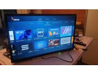 Toshiba 32 inch smart hd led tv with wifi, freeview hd, Freeview play - has little crack top