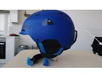 Helmet for snowboarders skiers, size S