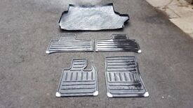 Range Rover L322 - Full set of 4 Genuine rubber mats and boot-liner - £45 ONO