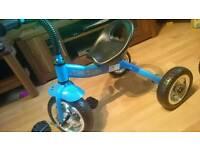 2 children's toddlers bike bmx with stabilisers /3 wheel trike