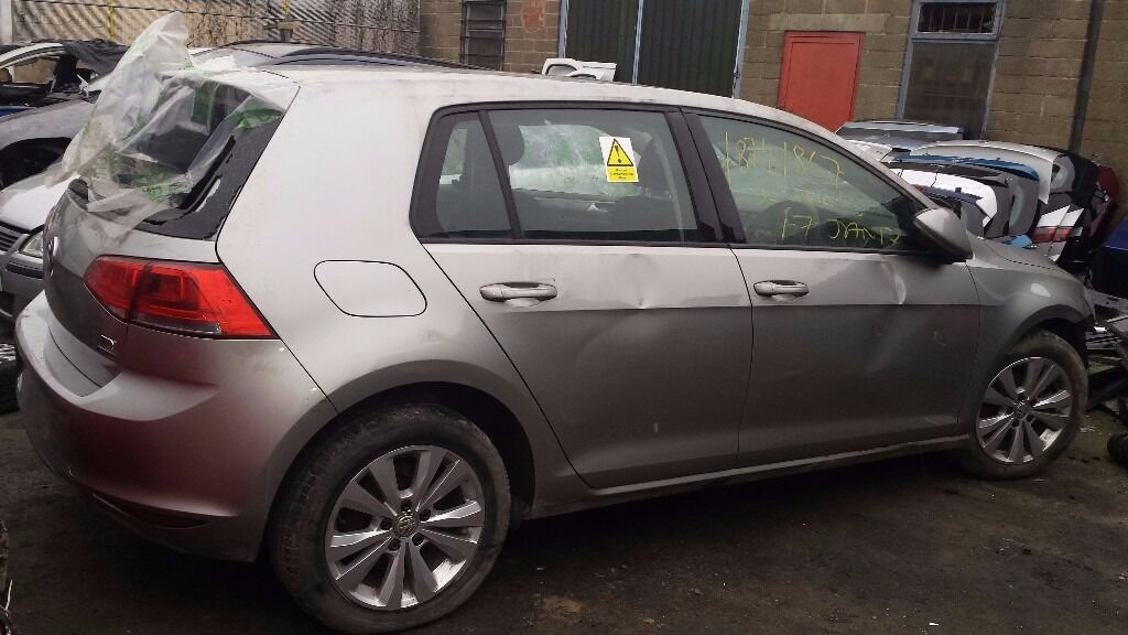 VW GOLF TAILGATE SILVER 2014