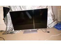 """LED TV 42"""" panasonic VIERA spare or repair"""