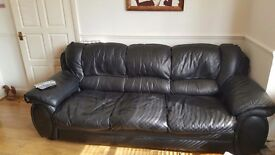 Leather sofa 2 arm chairs & pouffe