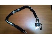 Bike Lock - Master Lock 6 mm x 900 mm Chain with 40 mm Weather Tough Padlock Set