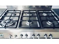 6 HOB ELBA / DE LONGI 'EXCELLENCE' RANGE COOKER WITH EXTRACTOR FAN HOOD AND SPLASH BACK