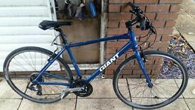 Giant Hybrid Bike Barely Used 49cm