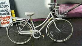 Vintage Raleigh Caprice ladies shopper bike