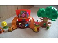 Moshi monsters tree house, home and 7 characters !! lots to play with