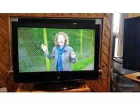 "32"" HD Digital LCD TV/DVD FREEVIEW built-in Integrated DVD player 2 hdmi"
