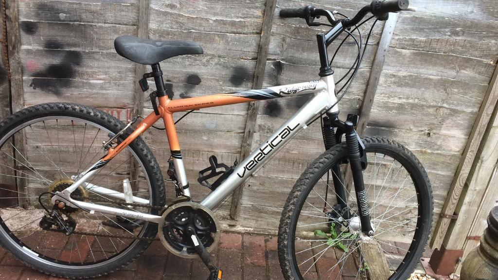 Mountain bike front disc breakin Newcastle under Lyme, StaffordshireGumtree - Mountain bike in excellent condition all working order can be delivered around stoke on trent