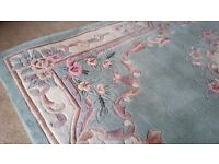 CHINESE ORIENTAL HAND-TUFTED RUG. 5 FT x 8 FT. £120 ONO