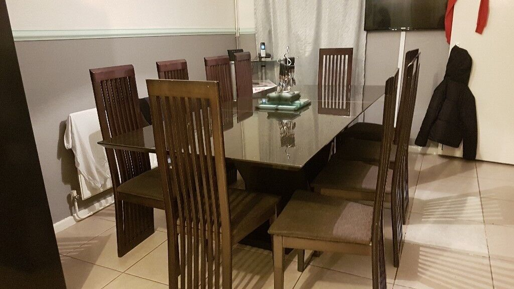 10 SEATER EXTENDED DINING TABLE FOR SALE 250 BARGAIN