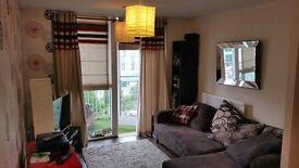 WEEKLY rental of modern 1 bed luxury City Centre Apartment- Sleeps 2/3