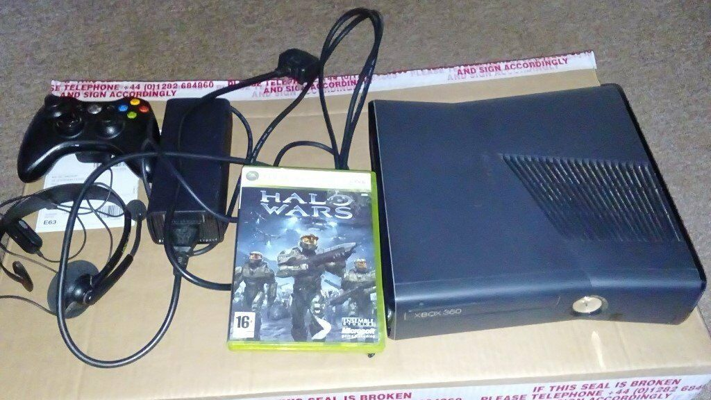 Xbox 360 250gb with official wireless controller (black) halo wars ...
