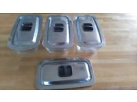 Set 3 American Glasbake Rectangular dishes with lids.