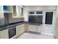 2 bedroom flat located on Horn Lane - Near Action Mainline Station - Near A40