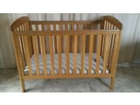 Mamas & Papas Sherwood • Solid Oak Adjustable Cot Bed with Handmade Coconut Fibre Mattress