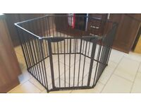 PLAYPEN/ROOM DIVIDER with wall fixings