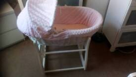 Moses basket rocking stand and sheets